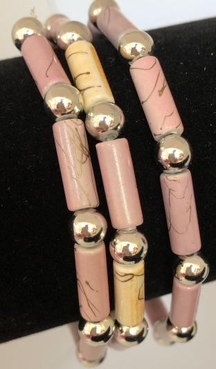 Armband rosa och beige