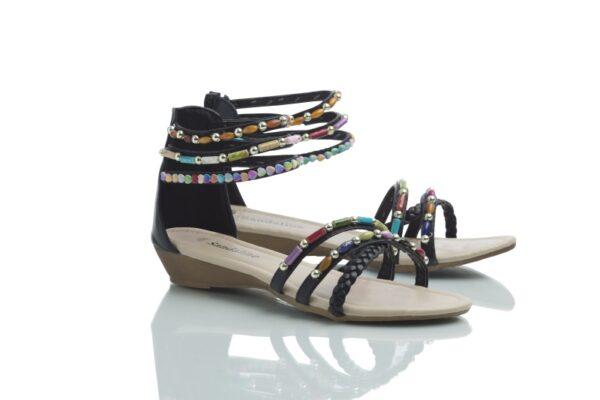Svart sandal med färgglada pärlor: Day.