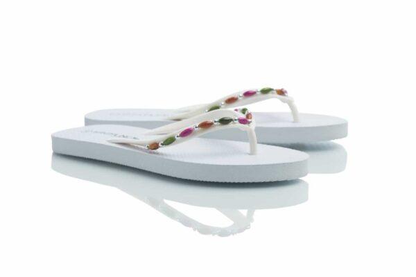 Produktbild vita Loee, flip-flop från Caribbyshoes.